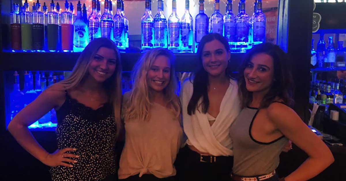 Hot girls at JoCats Pub