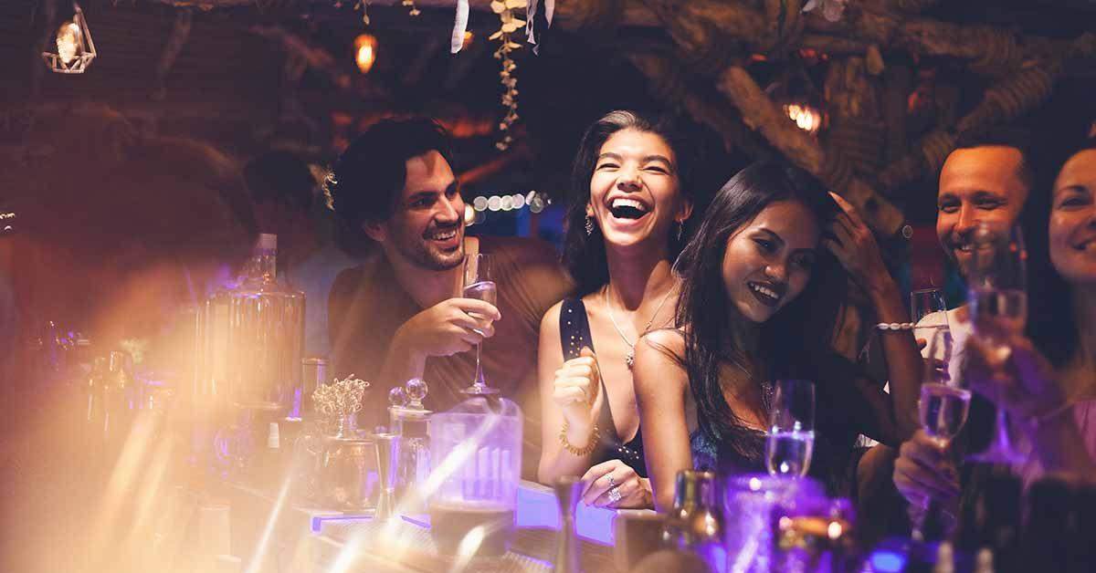 Hot Tucson girls at a bar